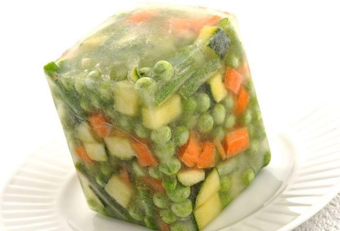 заморозка смеси для салата во льду